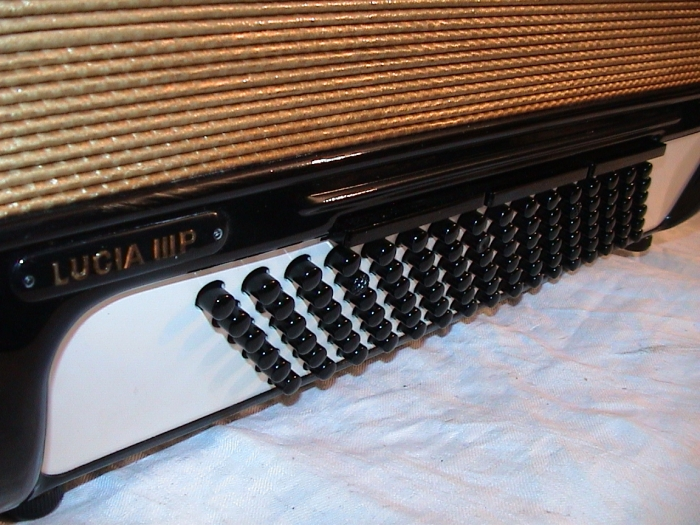 HOHNER Lucia III P, 96 Bass, black (Made in Germany..!)